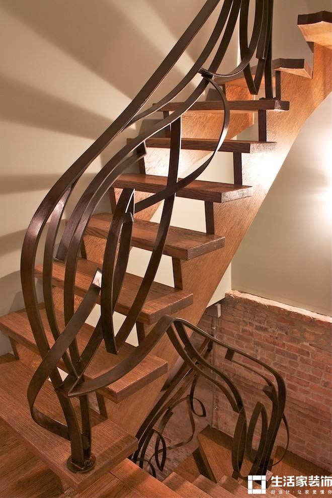 成都家装公司 复式楼梯亚博体育官方网址